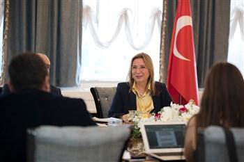 Bakan Pekcan, ekonomi muhabirlerine Bakanlığın faaliyetlerine ilişkin değerlendirmelerde bulundu