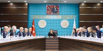 """Ticaret Bakanlığı potansiyel ihracatçılara """"mentor"""" olacak"""