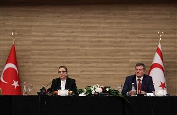 Ticaret Bakanı Pekcan, KKTC'de iş insanlarıyla bir araya geldi