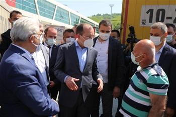 Ticaret Bakanı Mehmet Muş, Sarp Sınır Kapısı'nda İncelemelerde Bulundu