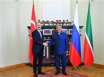 Tataristan Cumhurbaşkanı Minnihanov Ticaret Bakanı Muş'u kabul etti