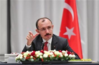 Bakan Muş Tataristan'da Türk iş insanları ile bir araya geldi